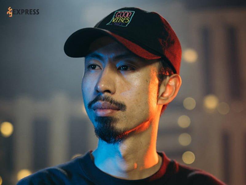 tieu-su-chi-tiet-ve-rapper-den-vau-35express