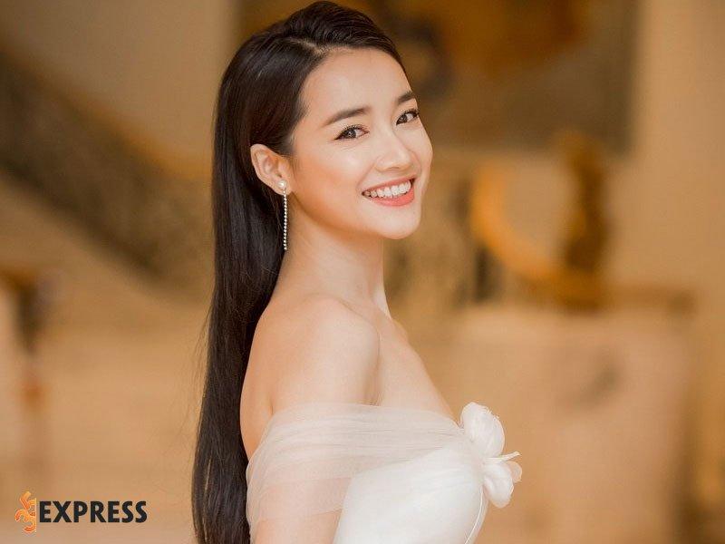 nha-phuong-la-ai-2-35express