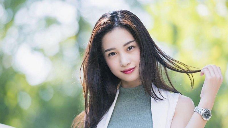 nhung-cau-chuyen-xung-quanh-hot-girl-jun-vu-35express