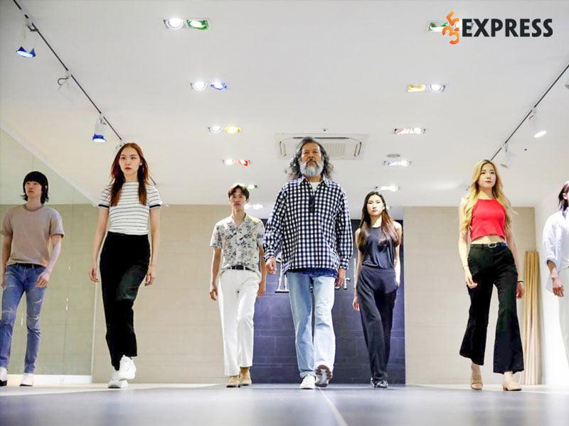 nhung-quy-tac-chinh-khi-dien-catwalk-35express