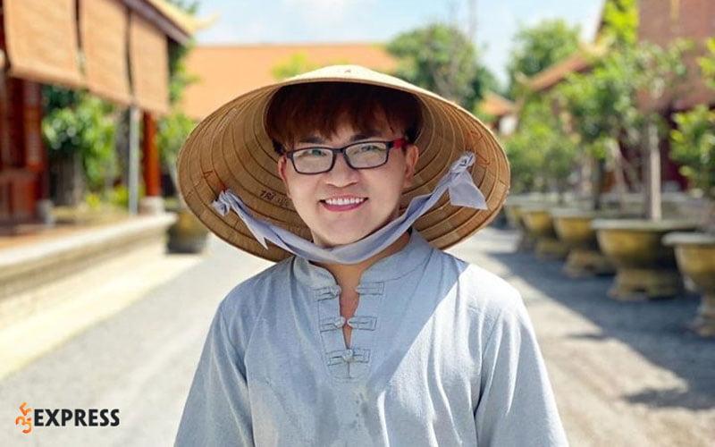 cac-hoat-dong-nghe-thuat-va-doi-thuong-cua-dai-nghia-35express