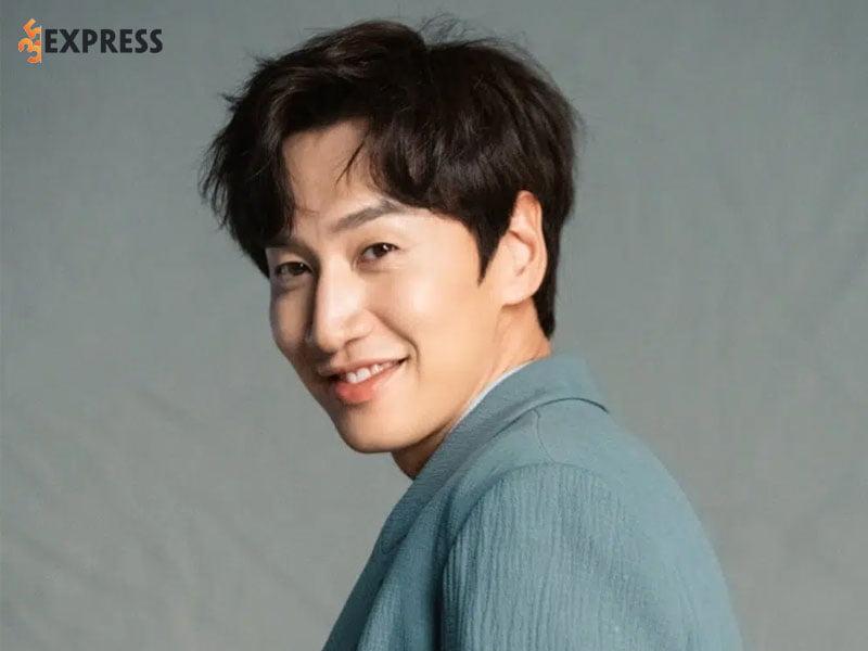 lee-kwang-soo-la-ai-2-35express