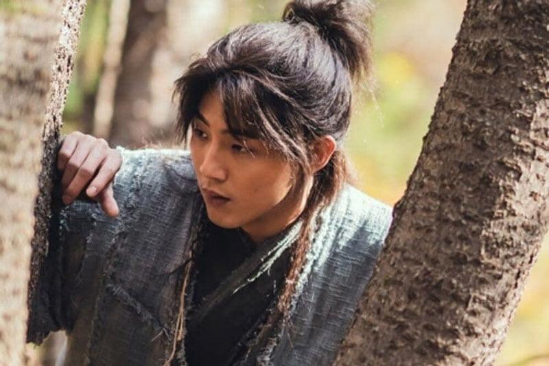 song-don-trang-len-buoc-ji-soo-boi-thuong-3-ty-won-vi-gay-thiet-hai-2-35express