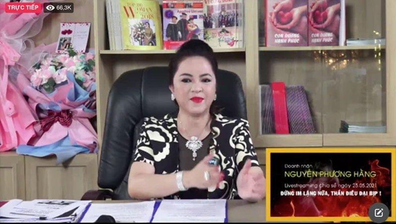 ba-phuong-hang-lap-ky-luc-voi-hon-300k-nguoi-xem-livestream-sau-30p-7-35express