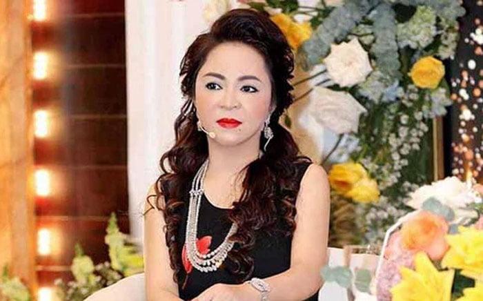 ba-phuong-hang-quay-xe-tuyen-bo-ns-hoai-linh-khong-can-len-tieng-nua-vi-1-35express