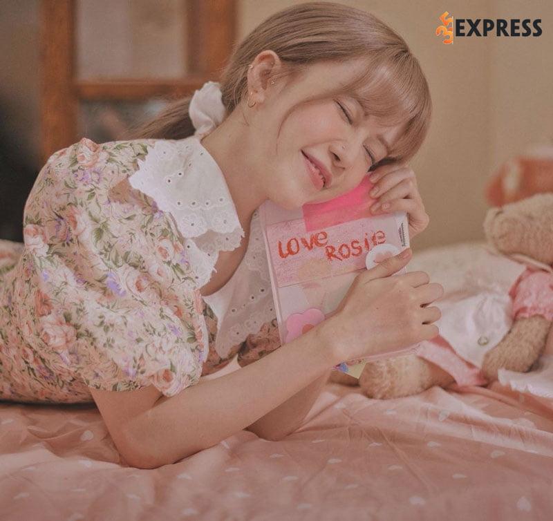 loi-bai-hat-love-rosie-thieu-bao-tram-2-35express