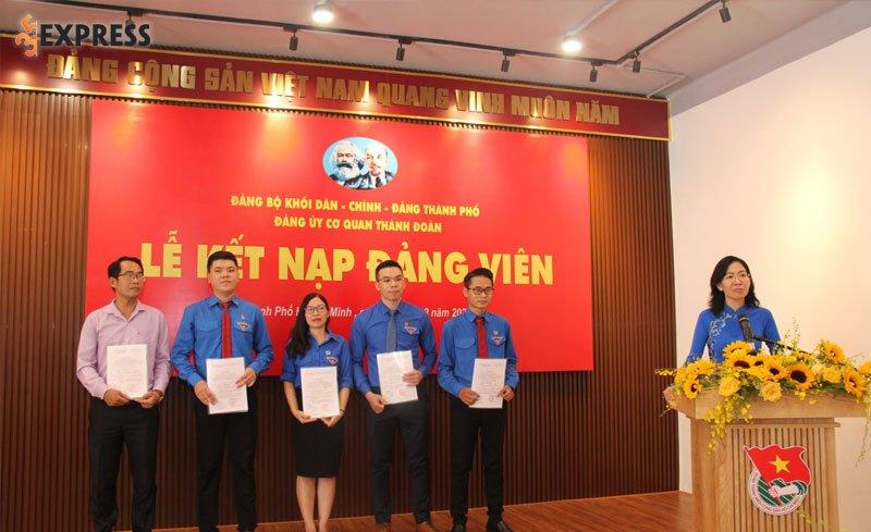 phan-6-chi-bo-giao-nhiem-vu-cho-dang-vien-moi-ket-nap-35express