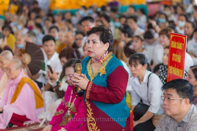 doanh-nhan-kien-ba-phuong-hang-doi-boi-thuong-1-000-ty-dong-la-ai-3-35express