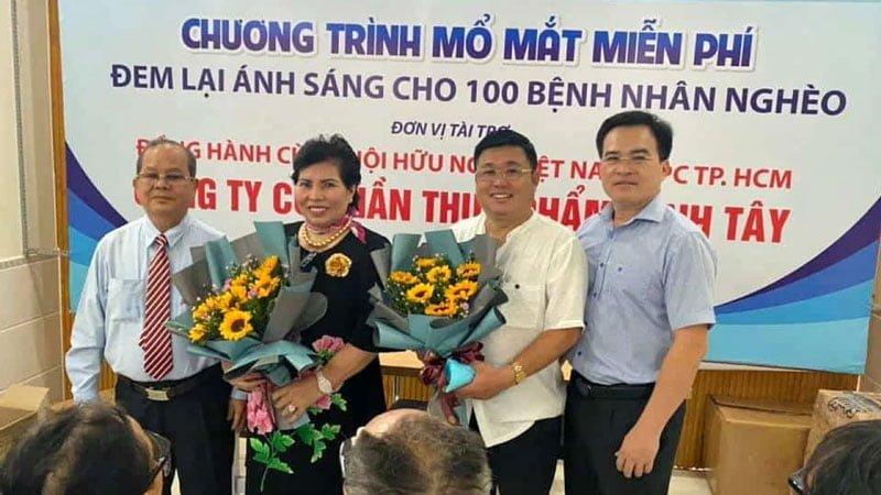 doanh-nhan-kien-ba-phuong-hang-doi-boi-thuong-1-000-ty-dong-la-ai-4-35express