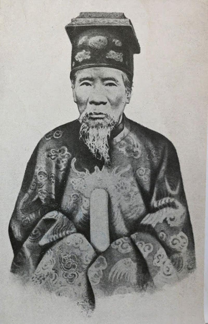 hau-due-vua-minh-mang-len-tieng-phu-dinh-ha-kieu-anh-la-cong-chua-4-35express