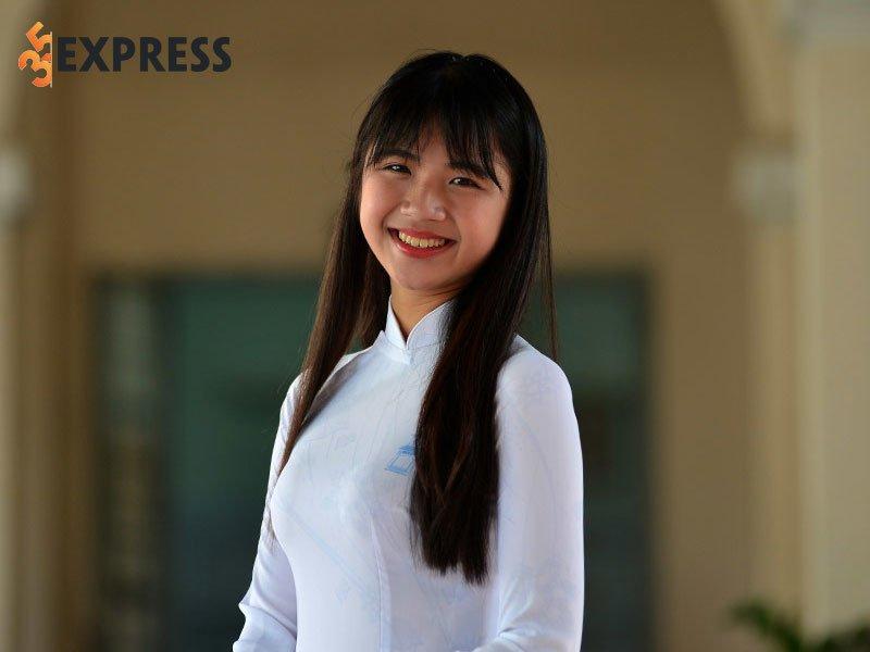 hot-girl-ong-nghiem-la-ai-2-35express