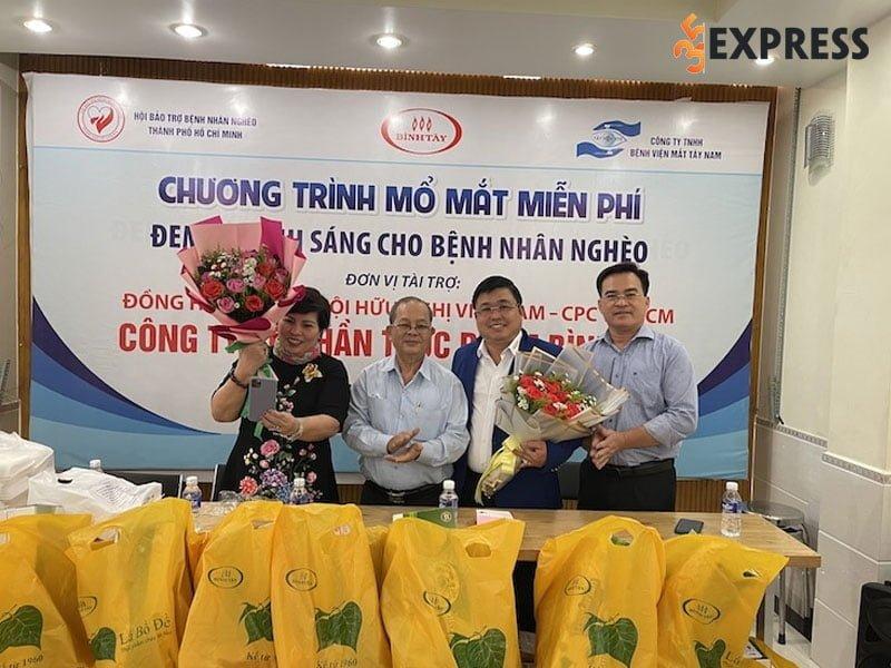 le-thi-giau-chu-tich-luon-gan-lien-voi-cac-hoat-dong-thien-nguyen-2-35express