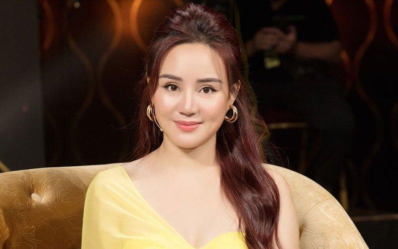 vy-oanh-khoi-kien-ba-phuong-hang-vi-vuot-qua-gioi-han-long-bao-dung-1-35express